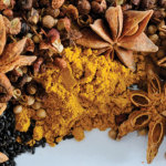 13308342_s_Spices